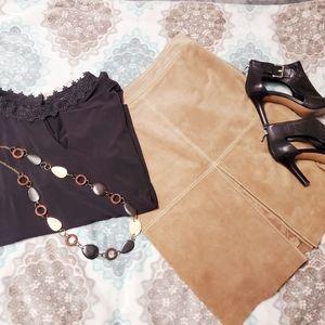NWOT 100% Leather Ann Taylor Skirt